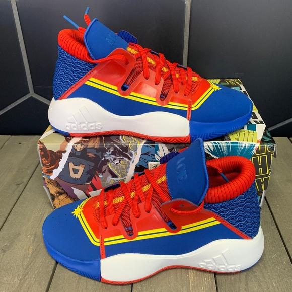 captain marvel adidas